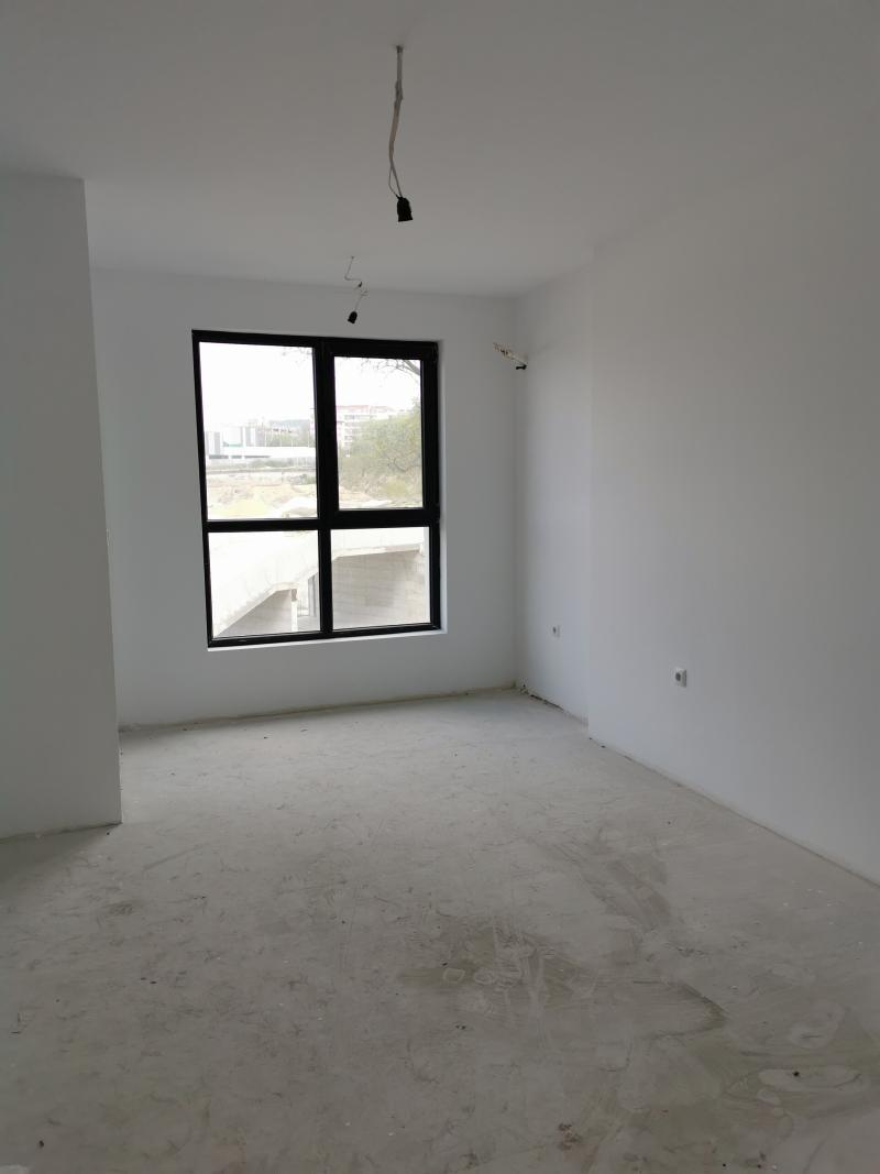 Тристаен апартамент Чайка